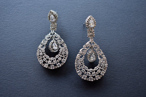 Sleek AD Chandbali in Silver Tone