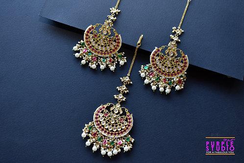 Bridal Earring and Maang Tikka in Rich Pachi Kundan