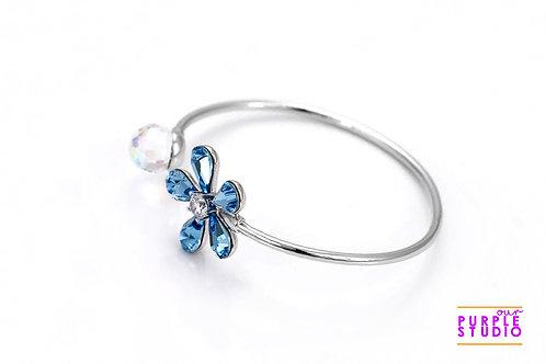 Sleek Metallic Bracelet with Blue Swarovski Stone