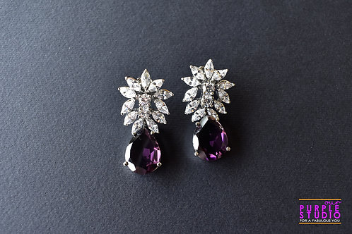 Sparkling Princess Cut Earring in Amethyst Color Stone