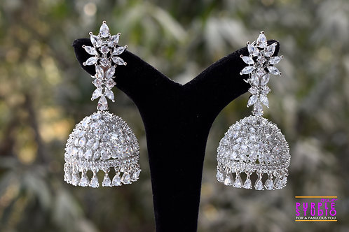 Sprakling Party Wear Sleek Jhumka