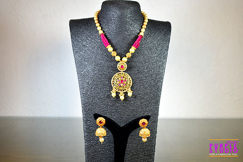 Elegant Beaded Necklace Set