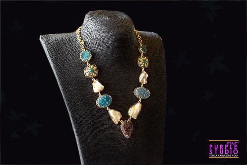 Indo Western Rough Stone Necklace