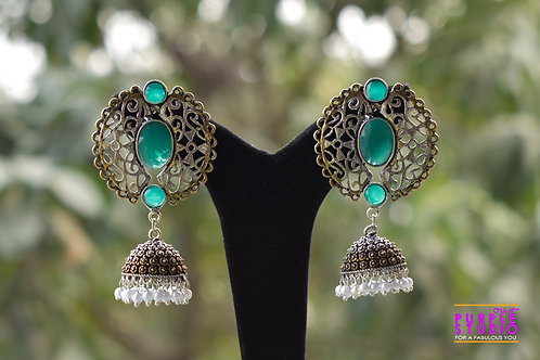 Gorgeous Green Silver tone  Earrings