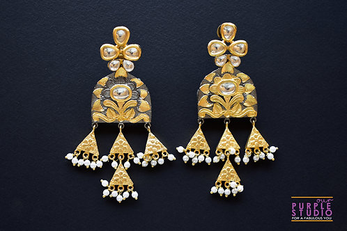 Antique Golden Kundan Danglers