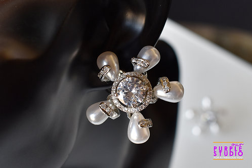 Gorgeous Floral Stud in Pearl and White CZ stones