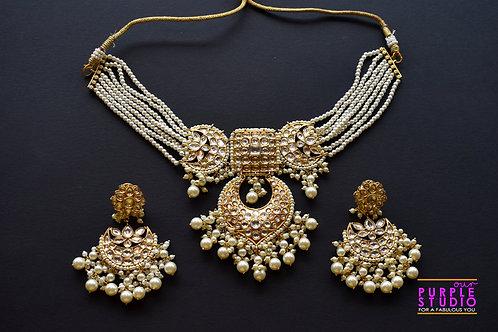Gorgeous Golden Kundan Choker Set