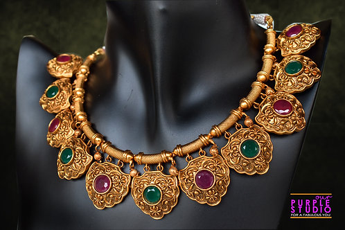Ethereal Golden Necklace Set