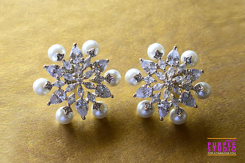 Gorgeous Floral Stud in CZ Stone and Pearl