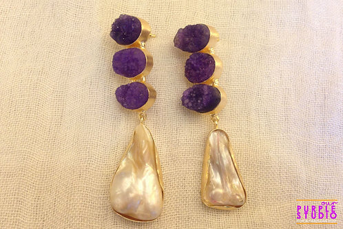 Rough Stone Earring in Amethyst Color