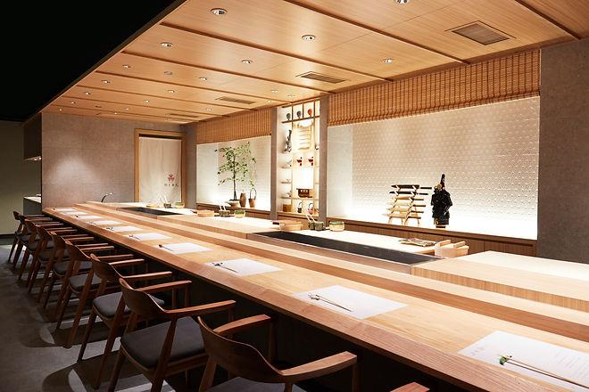 sushi bar_night.jpg