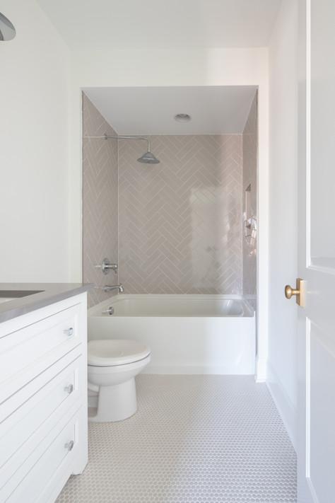 4411 B Bedroom Suite 4-113.jpg