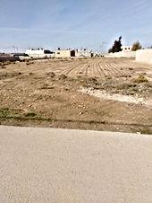 قطعة أرض للبيع في المبروكه الخالديه المفرق على شارعين بسعر مغري