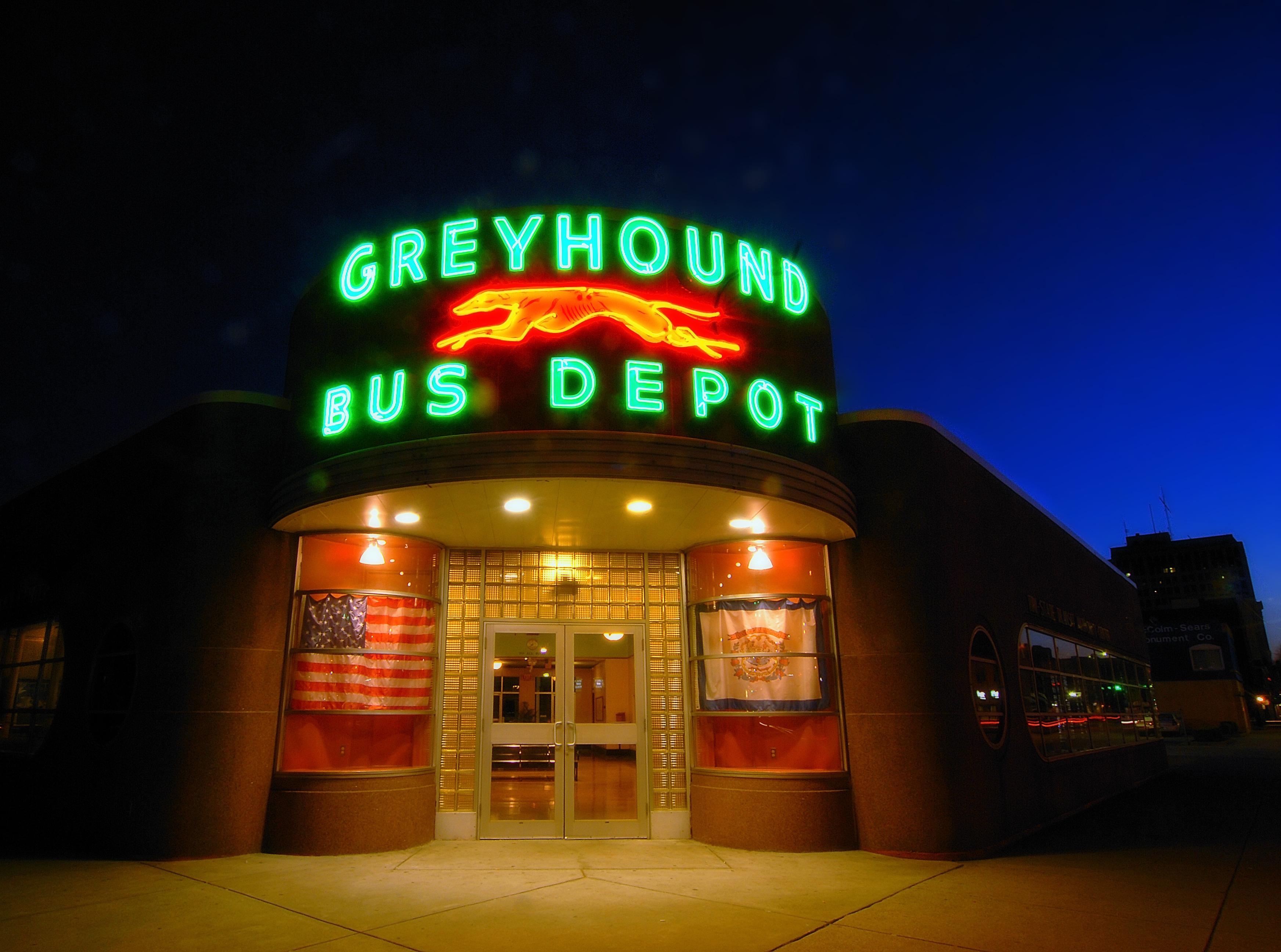 greyhound055