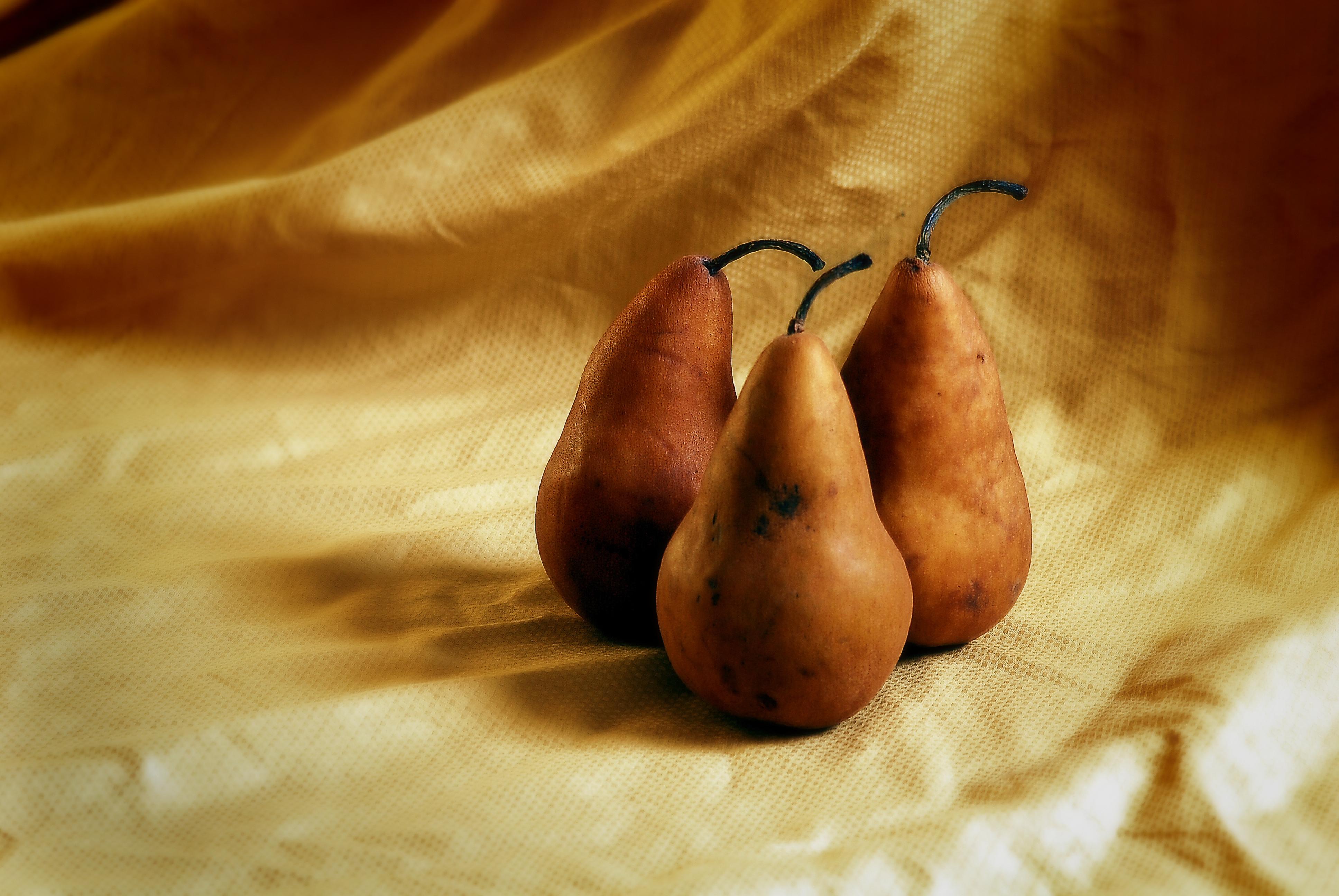 pears04copy