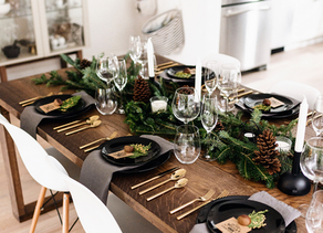 Christmas Table Arrangements