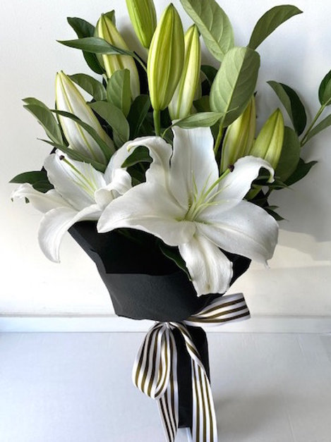Oriental Lily Bunch $85