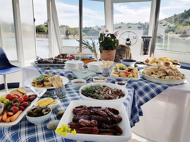 Catering on the Kowie river Cruise, for all events