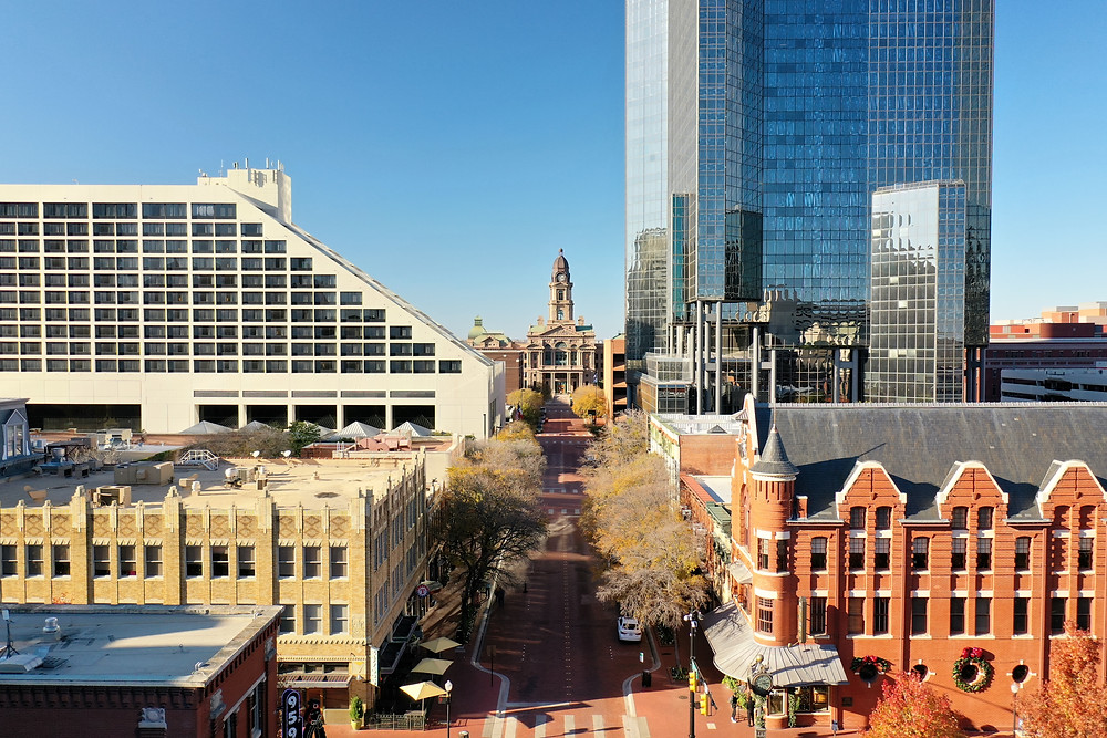 Aerial view of the Tarrant County courthouse in downtown Fort Worth