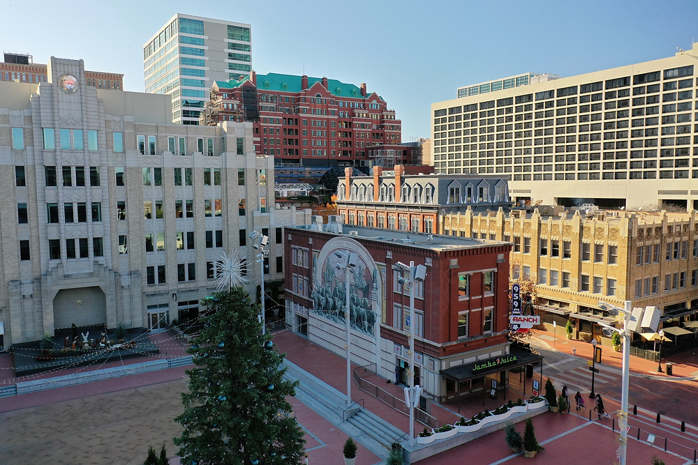 Nice view of Sundance Square Plaza as well as the KFWR 95.9 FM The Ranch neon sign