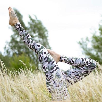 Eco friendly workout leggings - pink camo