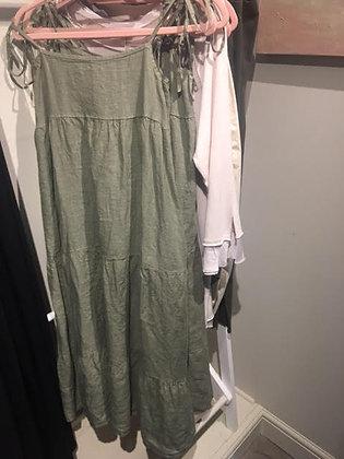 Linen strappy three quarter dress