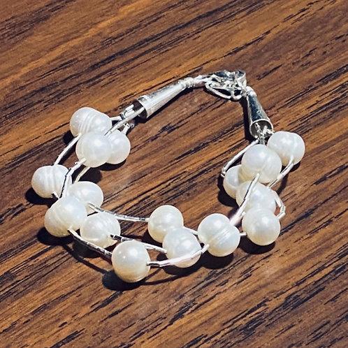 Plata Liquida 3 Hilos con Perlas