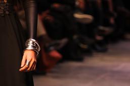 Minerva Fashion pieldeplata.jpg
