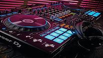 Pioneer-DDJ-RZ-DJ_1920x1080.jpg
