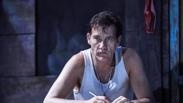 the-night-of-the-iguana-clive-owen-as-re