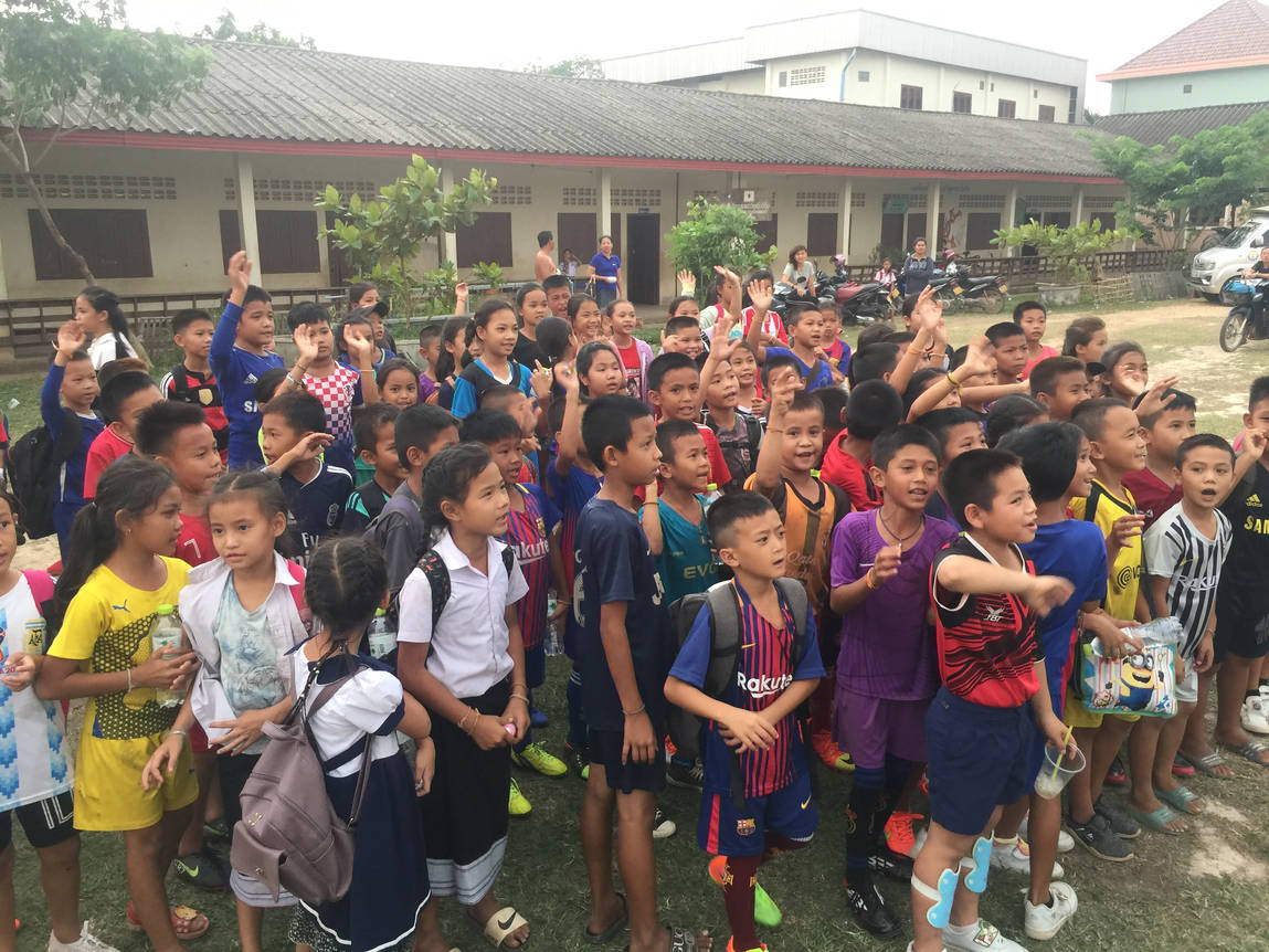 Schülerinnen in Laos