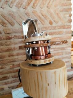 Lampada donada a Patrizio Grando fondatore della RF Systems