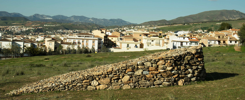 Land art, muretto a secco, La Zubia