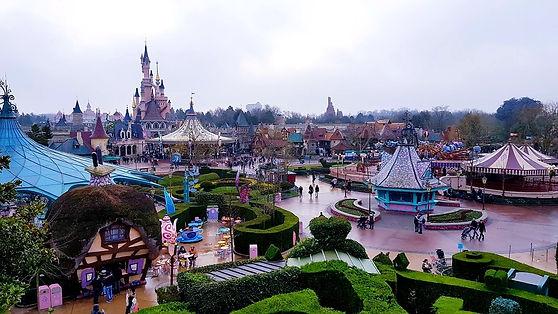 Disneyland Paris | The Organised Explorers