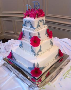 Wedding_Cake_pink_silver.JPG