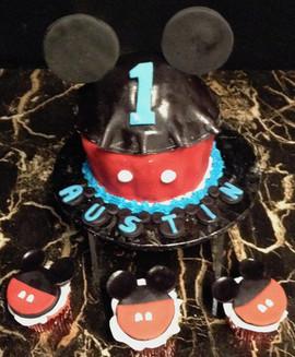 Cupcakes_Mickey_Mouse.jpg