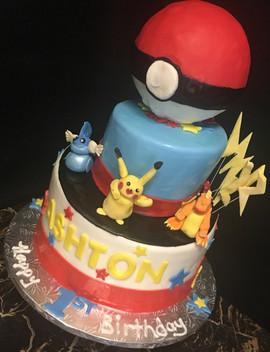 Kids_Cake_pokemon_ball.jpg