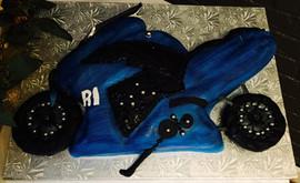 Men_Cake_blue_black_bike.jpg