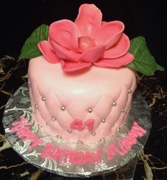 Woman_Birthday_Cake_pink_quilt_magnolia_