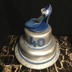 Accessories_Cake_blue_silver_shoe.jpg