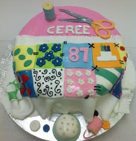 Birthday_Cake_quilt.JPG