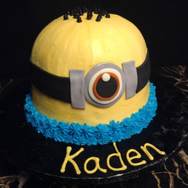 Kids_Cake_minion_head.jpg