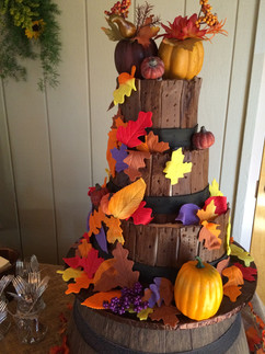 Wedding_Cake_fall_leaves_pumpkin_bails_a