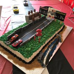 Sports_Cake_racing_nascar_track.jpg