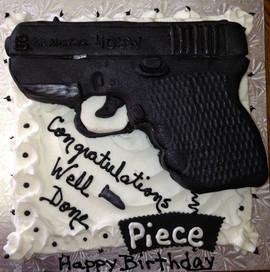 Birthday_Cake_black_gun.JPG