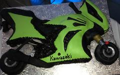 Grooms_Wedding_Cake_motorcycle_green_bla