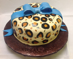 Birthday_Cake_leopard_print.JPG