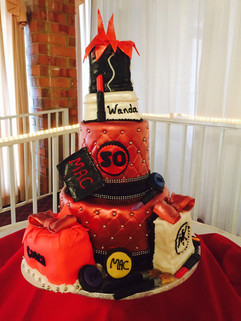 Accessories_Cake_red_black_bling_quilt_m