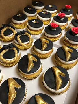 Cupcakes_jewelry_shoes.jpg
