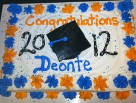 Graduation_cake_blue_yellow.JPG